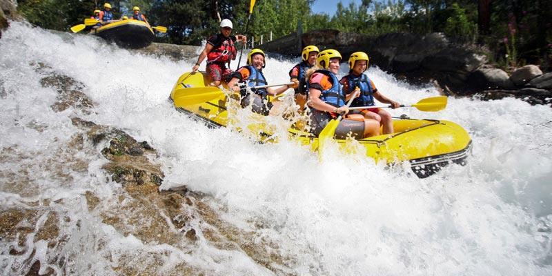 Eaux-vive Rafting dans les Hautes-Alpes