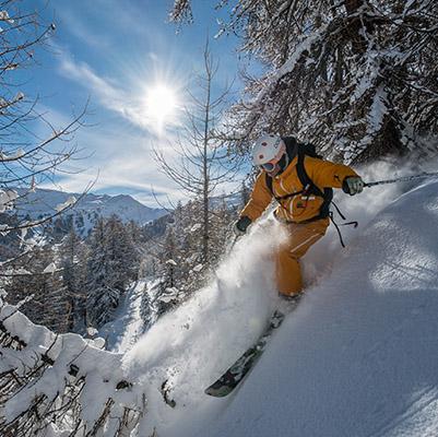 Poudreuse à Risoul station de ski